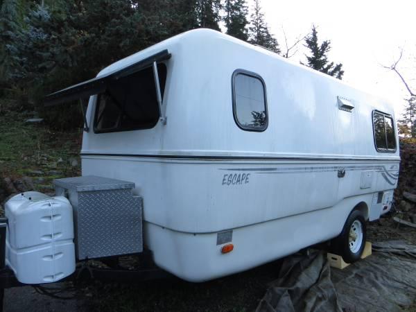 SOLD - 2005 Escape travel trailer 17B - $16500 - Port ...