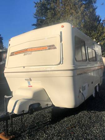 1986 Bigfoot Deluxe Spirit Wing B19 14500 Langley Bc