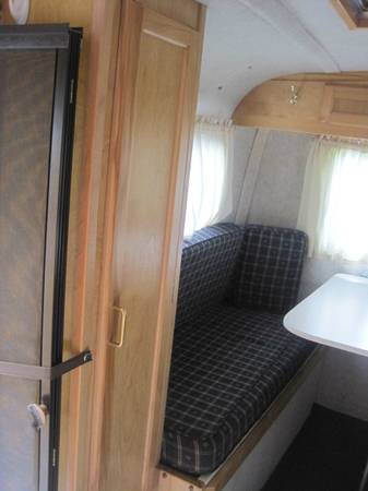 Sold 2004 Scamp Travel Trailer 13 Deluxe W Bathroom