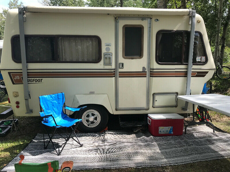 Fiberglass RV's For Sale | Molded Fiberglass Travel Trailers For Sale