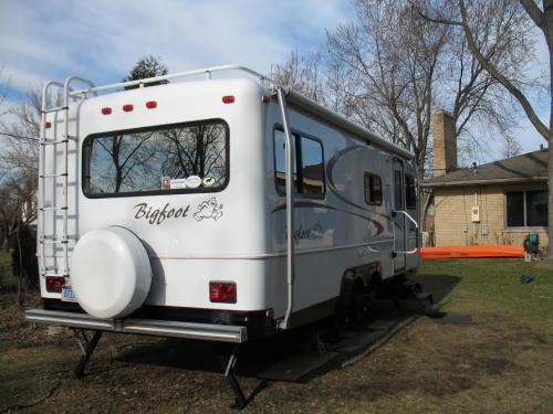 SOLD - 2006 Bigfoot 25RQ - $28,000 - SOLD | Fiberglass RV ...
