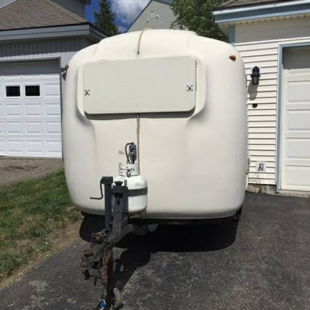 Beautiful SOLD  1985 Uhaul CT13 Travel Trailer  4950  Lvis QC Canada